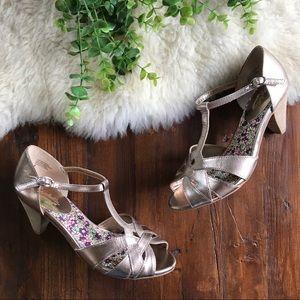 Seychelles Shoes - Seychelles • Gold T-Strap Heels